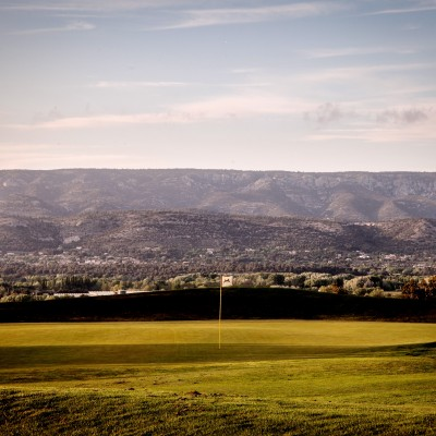 Golf office de tourisme mallemort de provence - Pont royal en provence office du tourisme ...